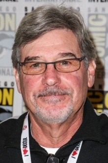 robert singer net worth